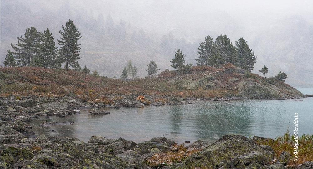 Первый снег. Озеро Куйгук